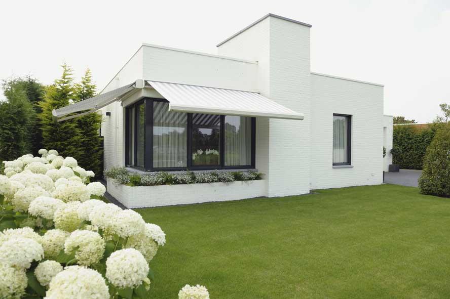 Nieuwbouw, aluminium hefschuifpui kozijnen zonwering, Stiphout (5)
