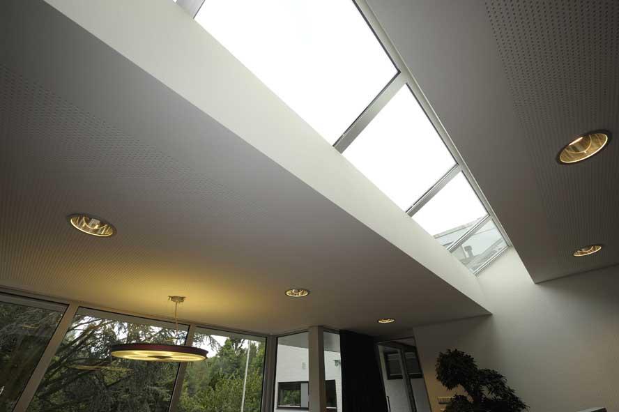 Nieuwbouw, aluminium voordeur kozijnen lichtstraat zonwering, Roermond (5)