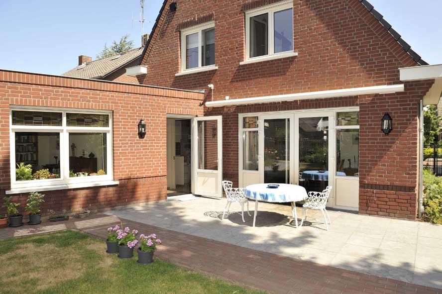 Nieuwbouw, kunststof kozijnen openslaande tuindeuren horren, Panningen (5)
