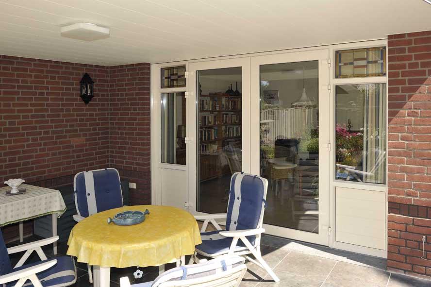 Nieuwbouw, kunststof kozijnen openslaande tuindeuren horren, Panningen (6)