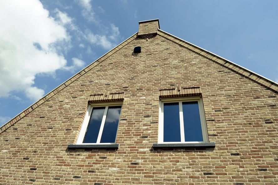 Nieuwbouw, openslaande tuindeuren en kunststof kozijnen in Egchel (1)