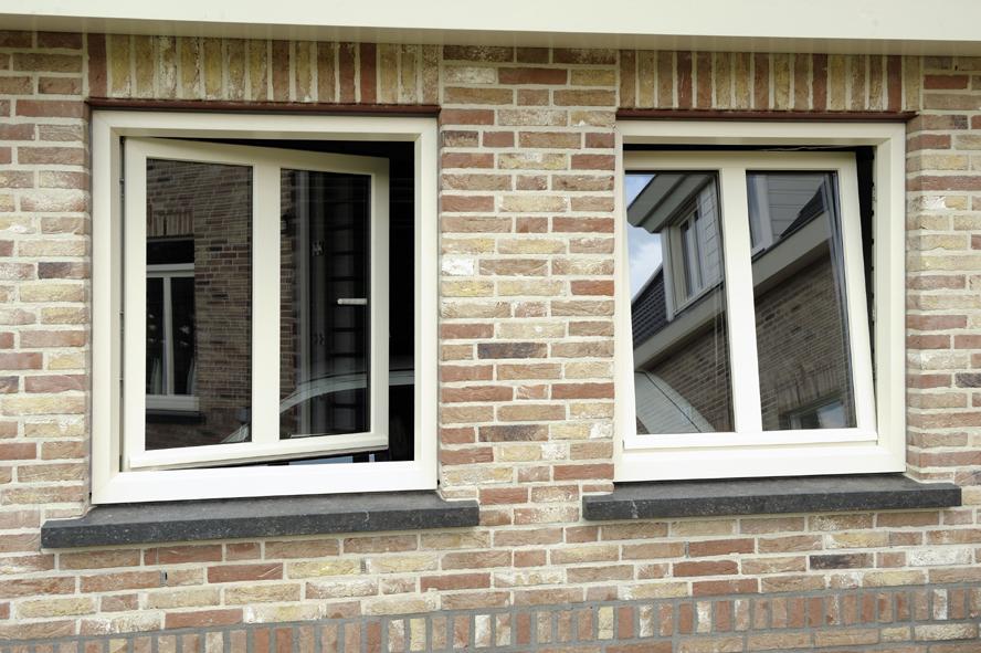 Nieuwbouw, openslaande tuindeuren en kunststof kozijnen in Egchel (11)