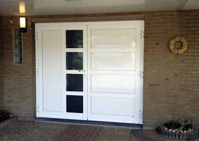Renovatie, aluminium garagedeuren, schuifpui, overkapping en zonwering in Helden