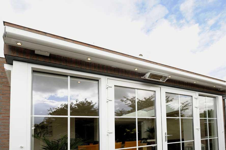 Renovatie, aluminium lichtstraat openslaande tuindeuren zonwering, Stevensweert (1)