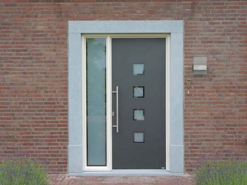 Renovatie, aluminium voordeur in Ell