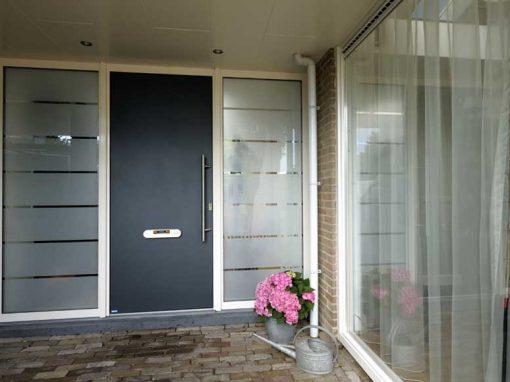 Renovatie, aluminium voordeur/kozijnen en schuifpui in Lith