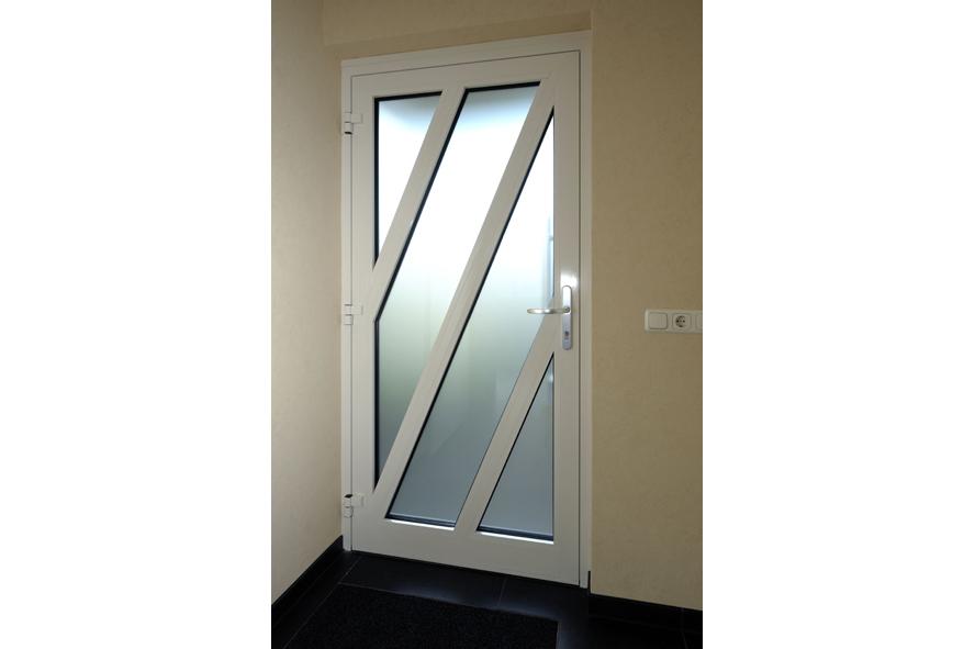 Renovatie,-aluminium-vouwwand-lichtstraat-kozijnen-voordeur,-Panningen-(5)