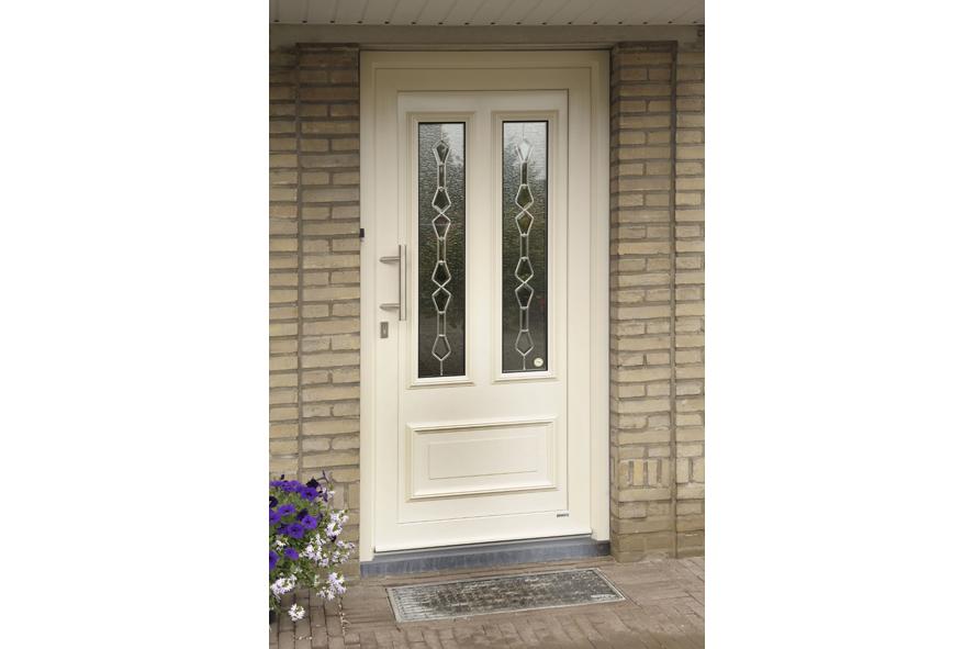 Renovatie,-kunststof-voordeur-kozijnen,-Lottum-(4)
