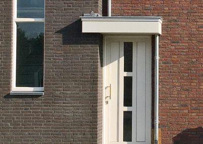 Nieuwbouw, kunststof voordeur in Meijel
