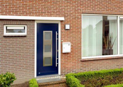 Renovatie, aluminium voordeur in Nederweert