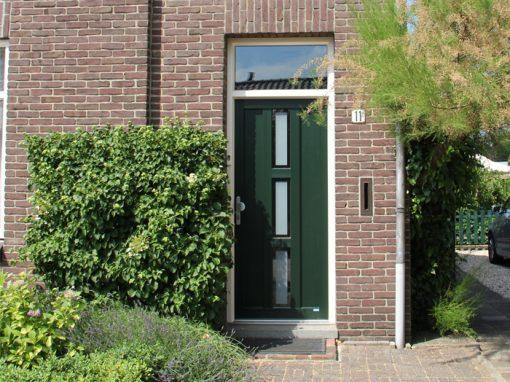 Renovatie, kunststof voordeur in Maasbree
