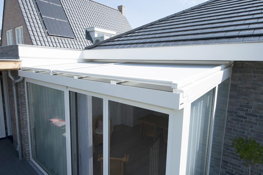 Nieuwbouw, kunststof kozijnen, kunststof voordeur, aluminium serre, zonwering, rolluiken in Vlijmen (4)