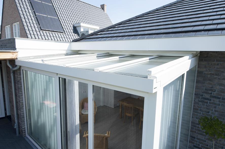 Nieuwbouw, kunststof kozijnen, kunststof voordeur, aluminium serre, zonwering, rolluiken in Vlijmen (5)