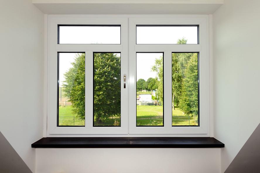 Nieuwbouw, kunststof voordeur, kunststof kozijnen, kunststof achterdeur, aluminium lichtstraat en aluminium vouwwand in Panningen (10)