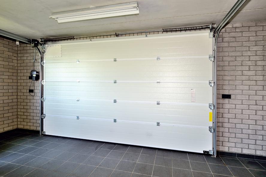Nieuwbouw, kunststof voordeur, kunststof kozijnen, schuifpui, kunststof achterdeur, rolluiken en garagedeur in Weert (14)