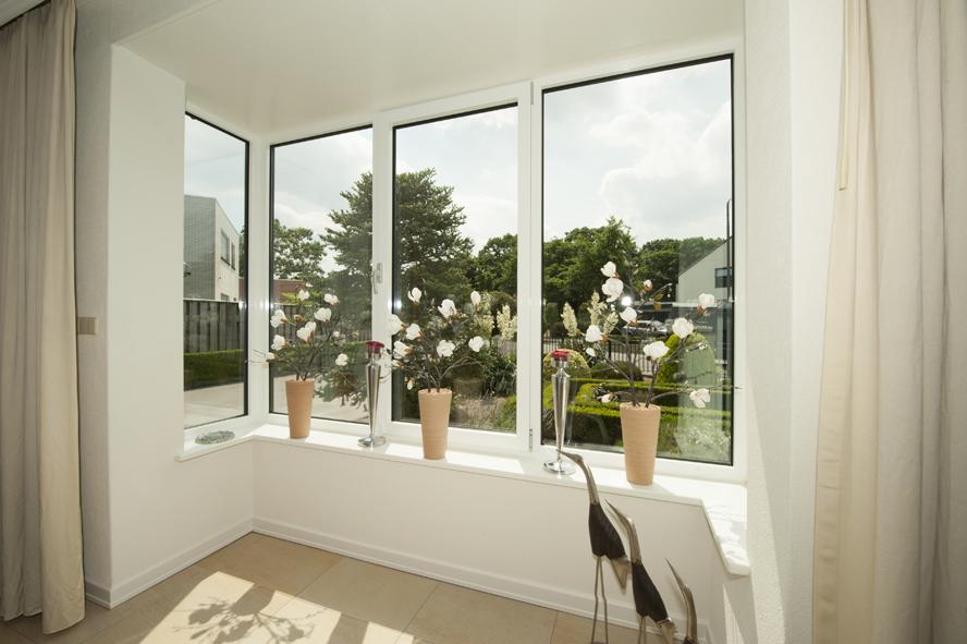Renovatie, aluminium voordeur en aluminium kozijnen in Helmond (5)