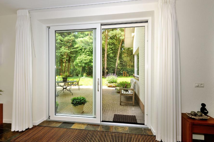 Renovatie, aluminium voordeur, kunststof kozijnen, hefschuifdeur en horren in Maarheeze (5)