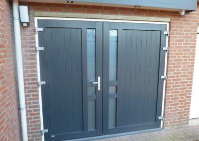 Renovatie, kunststof garagedeur, Boshoven