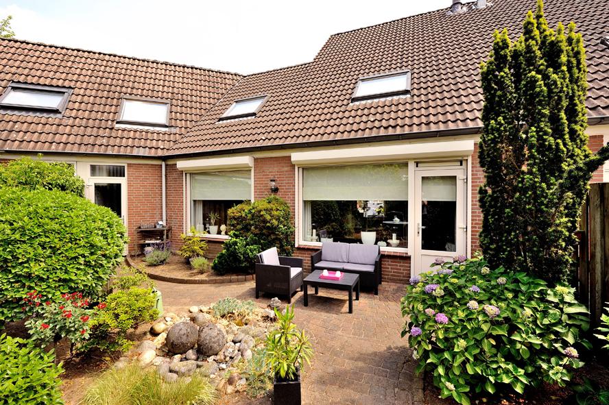 Renovatie, kunststof kozijnen, aluminium voordeur, kunststof achterdeur, horren en rolluiken in Venlo (5)