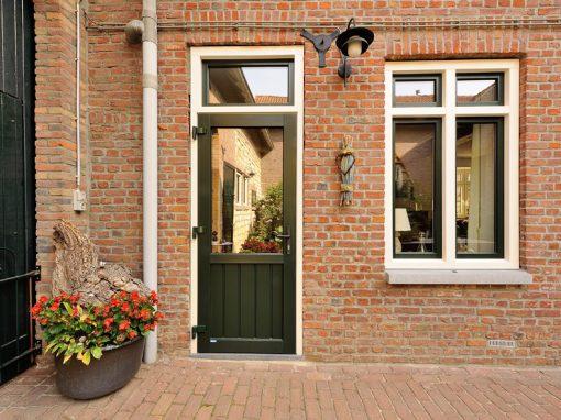 Renovatie, kunststof kozijnen en kunststof achterdeur in Ransdaal