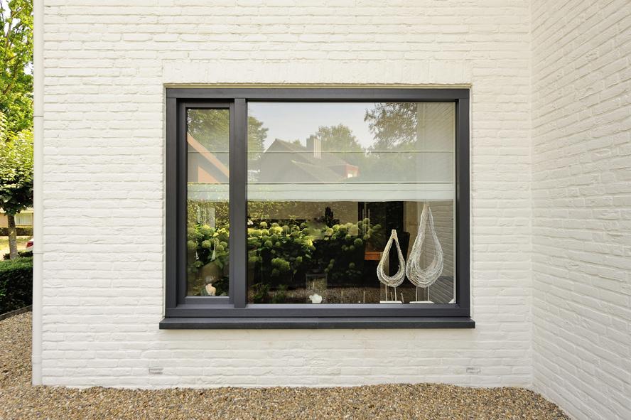 Renovatie, kunststof voordeur, kunststof kozijnen en schuifpui in Heerlen (3)