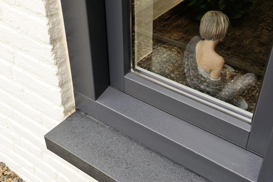 Renovatie, kunststof voordeur, kunststof kozijnen en schuifpui in Heerlen (4)