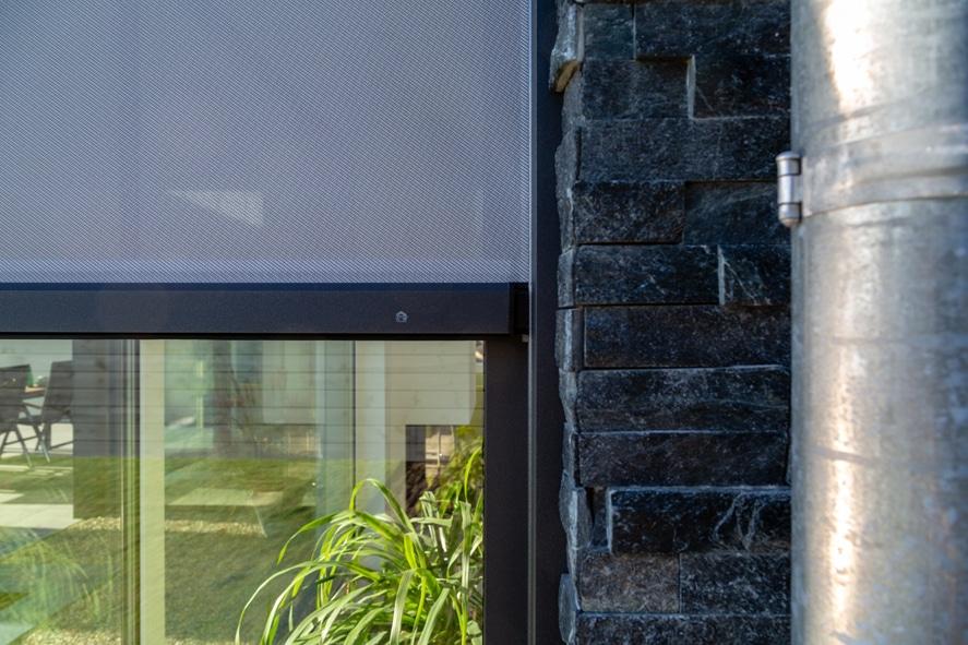 Nieuwbouw, aluminium kozijnen, aluminium deuren, serredak, screens, rolluiken in Deurne (11)