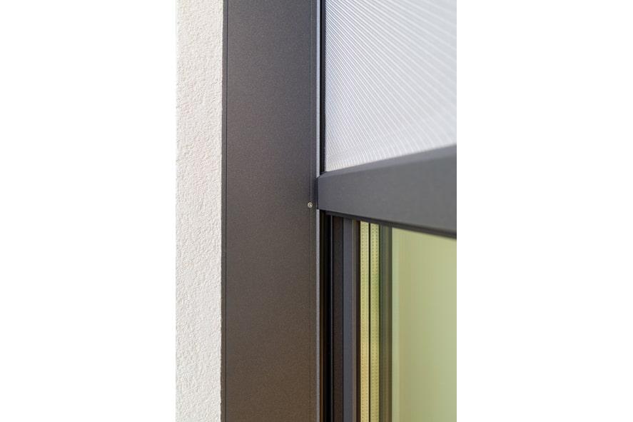 Nieuwbouw,-aluminium-kozijnen,-aluminium-deuren,-serredak,-screens,-rolluiken-in-Deurne-(12)-min