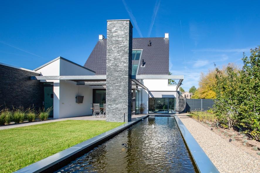Nieuwbouw, aluminium kozijnen, aluminium deuren, serredak, screens, rolluiken in Deurne (18)