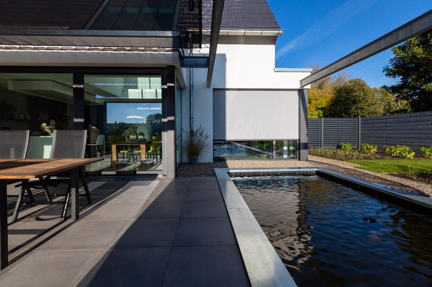 Nieuwbouw, aluminium kozijnen, aluminium deuren, serredak, screens, rolluiken in Deurne (8)