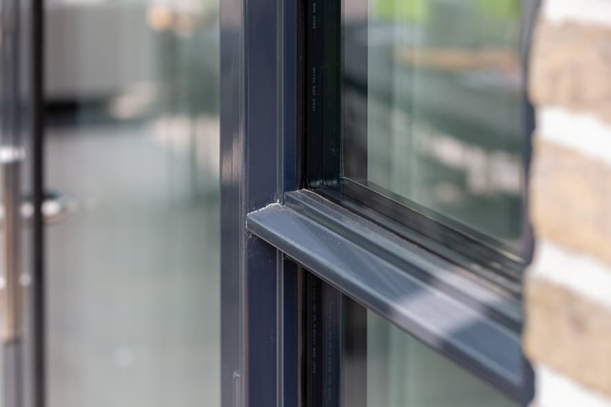 Nieuwbouw, aluminium kozijnen, staallook, aluminium deuren in Boxmeer (16)