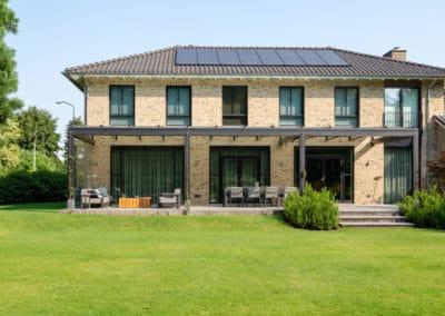 Nieuwbouw, aluminium kozijnen, aluminium deuren, tuindeuren in Boxmeer