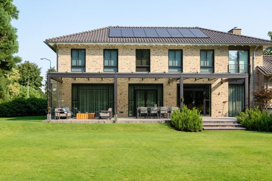 Nieuwbouw, aluminium kozijnen, staallook, aluminium deuren in Boxmeer (3)