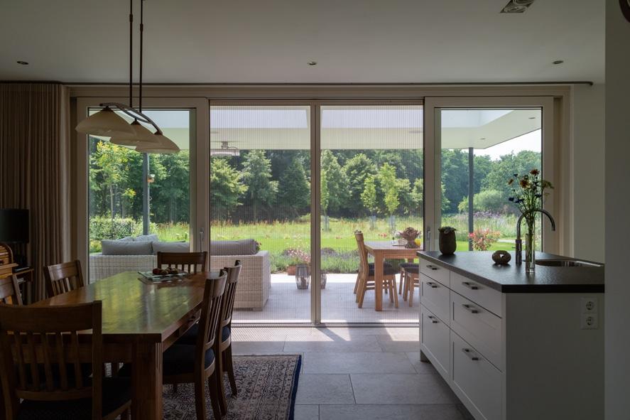 Nieuwbouw, kunststof kozijnen, kunststof deuren, glas-in-lood, rolluiken, horren in Castenray (19)
