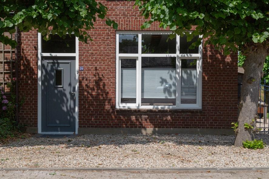 Renovatie, kunststof kozijnen, kunststof voordeur in Odiliadijk (2)-min