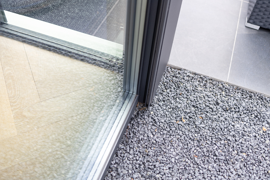 Nieuwbouw, aluminium kozijnen, aluminium deuren, schuifpui, screens in Deurne