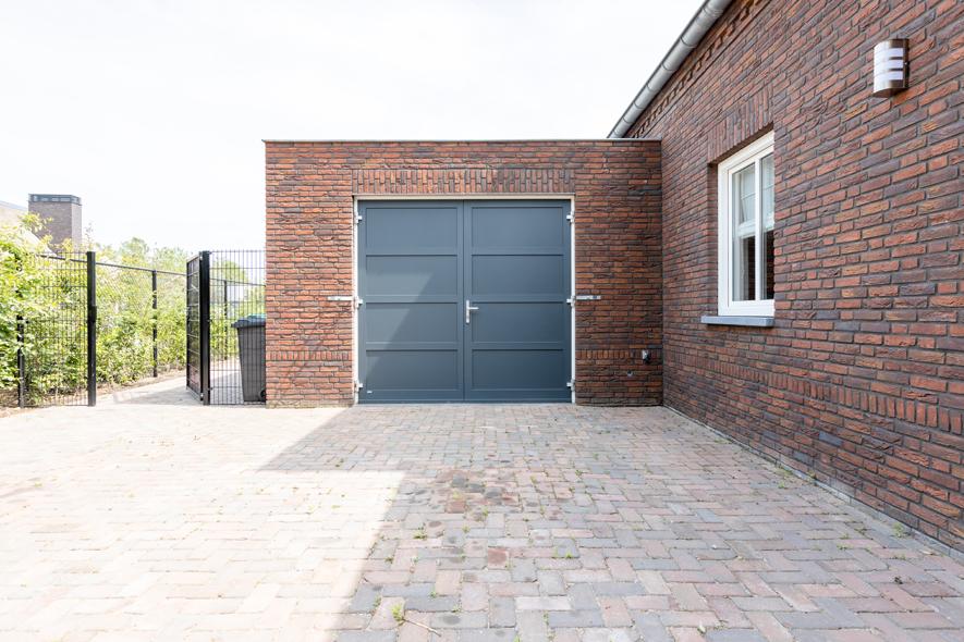 Nieuwbouw, kunststof kozijnen, kunststof deuren, garagedeuren, schuifpui, aluminium deuren in Uden