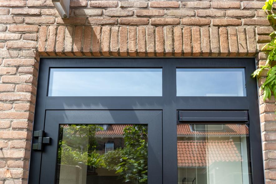 Renovatie, aluminium kozijnen, aluminium deuren in Den Bosch