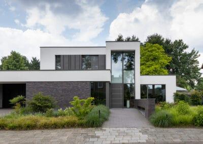 Nieuwbouw, aluminium kozijnen, aluminium deuren in Deurne